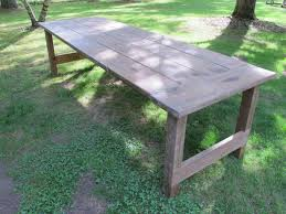 How to Apply a Wax Finish to an Outdoor Picnic Table how tos