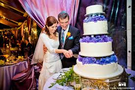 Cake cutting is a special part of the wedding reception. Cake Cutting Songs Wedding Song Ideas Dj Kanoya Productions Weddings Yoga Fitness Corporate