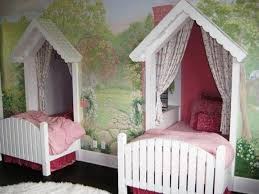 Charming Twin Size Canopy Bed with Twin Canopy Bed Curtains ...