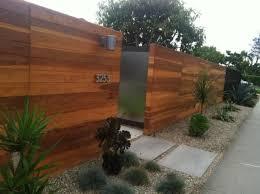 Modern Wood Fence How To Modern Wood Fence 48591 Evantrne Modern Wood Fence