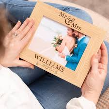 mr and mrs frame mr and mrs photo frame wedding picture frames wedding