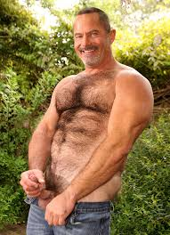 Well hung naked british gay men