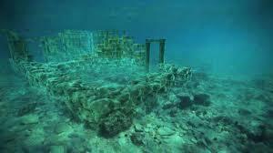 Baïes Une Cité Romaine Antique En Partie Sous Les Eaux En