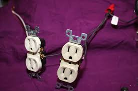home electrical wiring mechanically wiring oultet and switches how to wire a quad outlet at Two In One Box Wiring Plugs