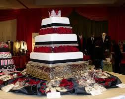 Bonnie Belles Pastrieswedding Cakeswedding Cake W Red Roses