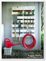 organize garden tools 1