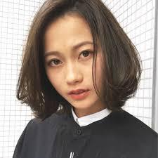 あれなんだか色っぽい前髪なしミディアムボブで美しく Arine