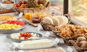 *algunos artículos pueden ser sustituidos por otros de igual o mayor todo el contenido del desayuno se envía súper fresco, la bollería la enviamos recién horneada; Spark Iquique Peixe