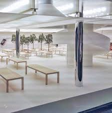 Possible sneak preview of 5th Ave redesign would explain the glass
