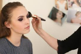 the most prehensive bridal makeup courses in the wedding industry focused on teaching you exactly what you need to know in order to be successful as a