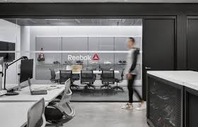 Urban office design Small Office Houzz From Country Mouse To City How Reebok Decided On An Urban Office