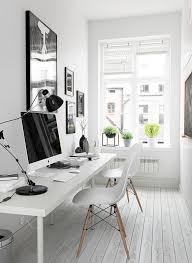 Image Small Oficina En Casa Oficina Moderna Oficina Creativa Oficinas Decoración Black And White Office Pinterest Small Home Office Inspiration In 2019 Work It Pinterest Small