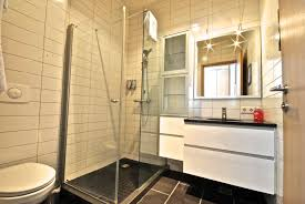 luxury apartments bathrooms. reykjavik4you apartments offers luxury two bedroom in downtown reykjavik. our deluxe are located new building on laugavegur, bathrooms