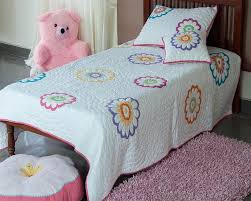 you re reviewing flower design applique kantha embroidered baby quilt set