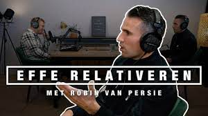 ROBIN VAN PERSIE over JEUGD, ARSENAL, MAN UNITED EN WK 2010