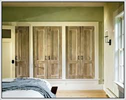 how to paint louvered doors plain white builder grade closet doors