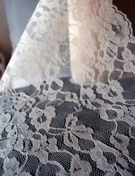 14 ivory lace runner 10 yards