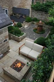 Outdoor Kitchen And Fire Pit Urban Courtyard For Inspired Garden Design  Best Small Gardens Ideas On