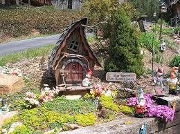 Small Picture Ideas for How to Make Your Own Fairy Garden