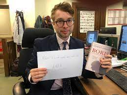 I'm Sebastian Payne and I write about British politics for the Financial  Times. Boris Johnson's Brexit strategy doesn't seem to be going to plan.  AMA. : europe