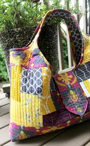 A Quilter's Table: A Tinker Tote & One of the major techniques was quilt-as-you-go, which I had done before on  my Weekender, but Tara shared tips that really helped the process go  smoother ... Adamdwight.com