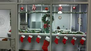 the office christmas ornaments. Christmas Decoration In Office. Office O The Ornaments T