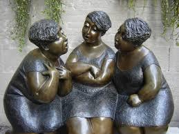 Картинки по запросу скульптура двух одесситок