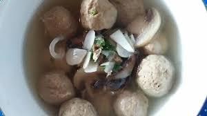 Ikan tongkol tepung terigu tepung tapioka garam penyedap gula pasir bawang putih air panas. Bakso Ikan Tongkol Dimanaja Com