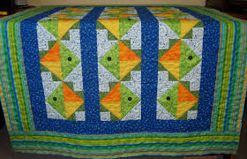 One Fish, Two Fish | Sew There I Was & Flying Fish Quilt by Jean Ann Wright, Fish quilt at the longarmers Adamdwight.com