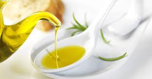 Hasil gambar untuk manfaat minyak zaitun sebagai tambahan makanan
