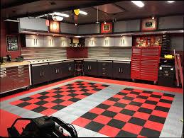 dans garage floor tile