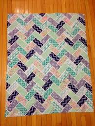 Low Volume Herringbone Quilt | A Finished Quilt | © Red Pepper ... & Low Volume Herringbone Quilt | A Finished Quilt | © Red Pepper Quilts 2017  | quilt inspiration | Pinterest Adamdwight.com