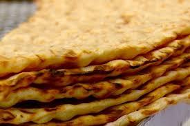 نان سنگک سبوس دار | سفارش آنلاین نان داغ سنتی و حجیم | سفارش شیرینی تازه |  تنور آنلاین