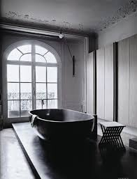 Black Bathtub With Gothic Styles