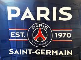 Primer equipo 9º julio 2021. Paris Saint Germain Football Club Flag