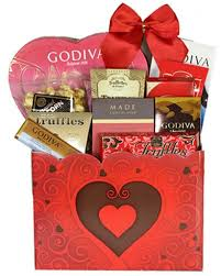 gift baskets is a renowned pany in canada that has unlimited gift packs for all ages genders and occasions toronto gift
