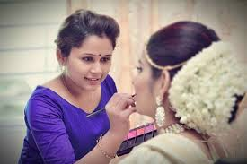this makeup artist is one whom you can trust for such a big event of your life if you are looking for an economical bridal makeup artist for your wedding