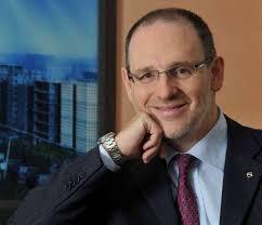 Genova - Ennio La Monica è nato e residente a Genova e si è laureato in Economia e Commercio presso l'Università di Genova nell'anno accademico 1986-1987 - ennio-la-monica_246108