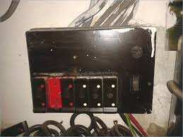 old fuse box holders auto electrical wiring diagram \u2022 Old Electrical Fuse Boxes fuse box holders old type upgrade style electrical job in south rh trumpgrets club old fuse box wiring diagrams old murray fuse box