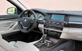 BMW 5 Series 2010 bmw 5 series 528i xdrive : 2012 BMW 5-Series Reviews and Rating | Motor Trend