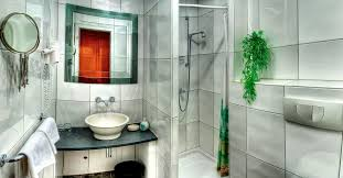 it cost to install a glass shower door
