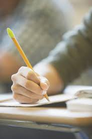 what are the main points used to write a comparison essay  make a list of the similarities and differences to help guide your essay