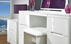 White Gloss Furniture Living Room Colour Me White For A Tranquil Living Space Mydiginchicagocom