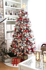 White Silver Christmas Decorating Theme Best 25 Pretty Christmas Trees Ideas  On Pinterest Christmas Interior Designing