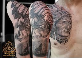 Nativo Americano E Lupo Andrea Caso Tattooing
