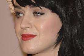 however i don t think you should ever have so much face make up on to where it looks cakey eiiik sorry katy perry