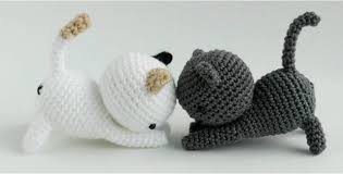 Free Crochet Cat Patterns Beauteous Cute Crocheted Playing Cats [FREE Crochet Pattern]