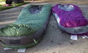 WeStroke : Sierra Designs Backcountry Bed 800 3-Season Review & As a hammock camper, I have not been a big fan of traditional sleeping  bags. I know I could use a over quilt, but I like the warmth that a  sleeping bag ... Adamdwight.com