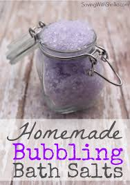 these bubbling bath salts are such and easy homemade gift idea change the color to