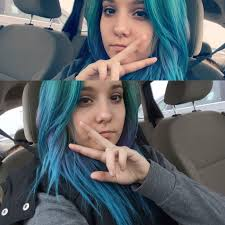 Dyed My Hair Blue With Arctic